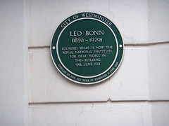 Photo of Leo Bonn green plaque
