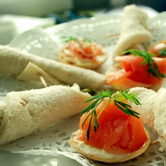 hors d'oeuvre, meal, breakfast, bread, fish, produce, food, dish, cuisine, chinese food, smoked salmon,