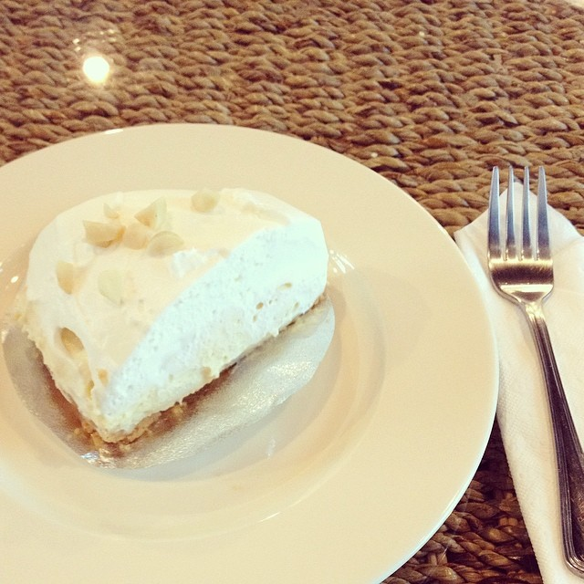 Link to Flickr page for photo of coconut cream pie.