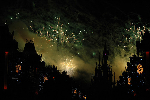 Halloween Fireworks 1 by minxlj