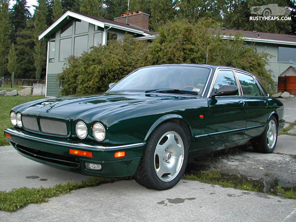 95 jaguar xjr rusty heaps. Black Bedroom Furniture Sets. Home Design Ideas