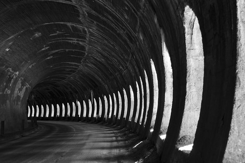 Tunnel by orlando72