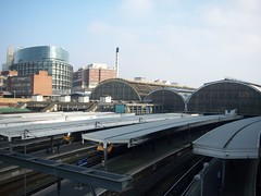 highway(0.0), sport venue(0.0), train(0.0), monorail(0.0), overpass(0.0), skyway(0.0), stadium(0.0), train station(1.0), vehicle(1.0), transport(1.0), rail transport(1.0), public transport(1.0), architecture(1.0), bridge(1.0),