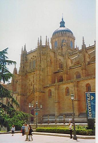 salamanca cathedral 2.jpg