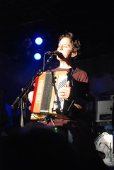 3 November 2007 - 11:03pm - At least, that's what John Linnell's accordion says.
