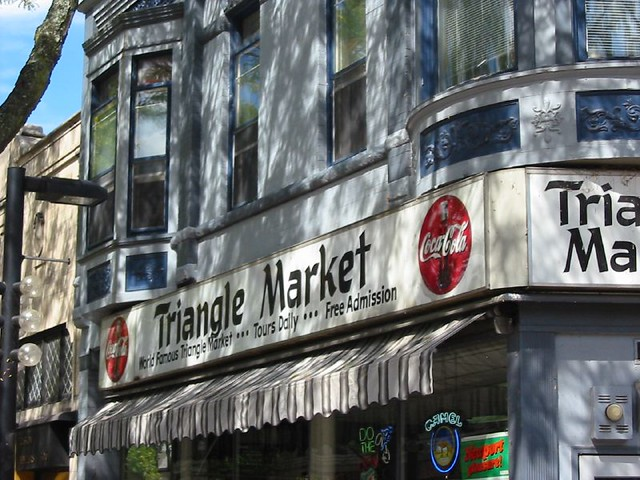 Triangle Market
