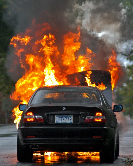 BMW 325Ci on Fire | Flickr - Photo Sharing!