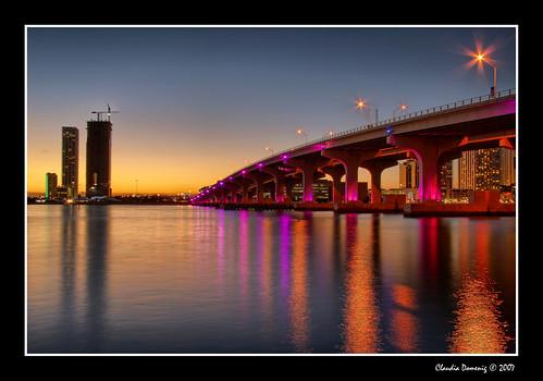 bridge pink sunset orange florida miami dusk jpeg hdr watsonisland orangeglow i395 tonemapping canonefs1785mmf456isusm 3exp flickrsbest macarthurcswy colorphotoaward theunforgettablepictures miamidadeco theperfectphotographer tup2 dphdr20 goldenheartaward