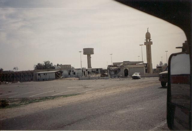 Border crossing between Kuwait and Saudi Arabia