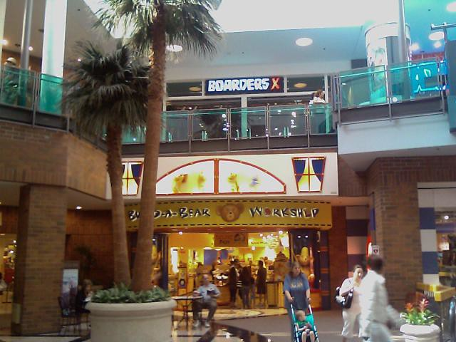 Glendale Galleria is located in Glendale, California and offers stores - Scroll down for Glendale Galleria shopping information: store list (directory), locations, mall hours, contact and address.3/5(2).