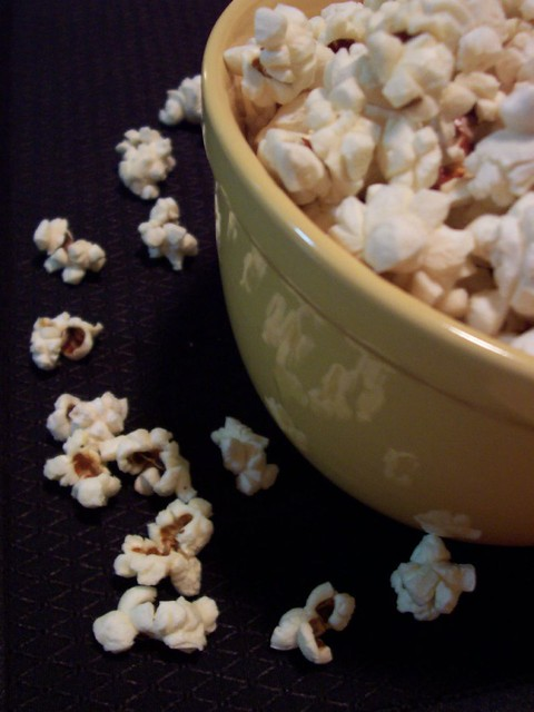 Homemade Popcorn (Credit: ccharmon on Flickr.com)