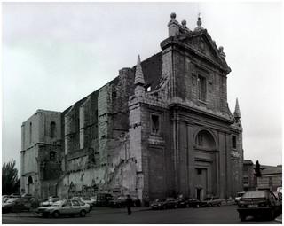 P30T> valladolid san agustin (vista de la fachada) abril 1994