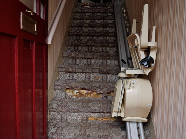 Brooks Lincoln Straight Stairlift-11