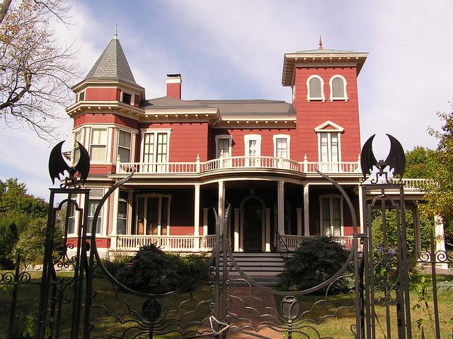 Yahoo Com Usa >> Stephen King's Mansion | Flickr - Photo Sharing!