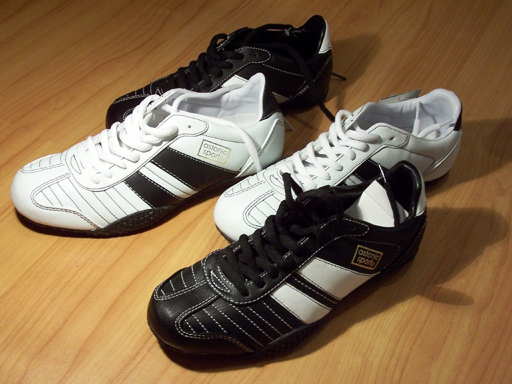 reputable site 66ed6 8eb35 New shoes for Nikolaus   On the 6th of December, a guy named ...