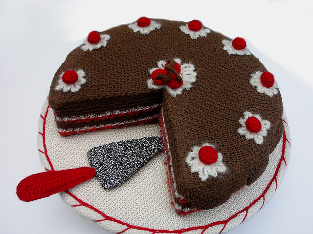 Knitting Birthday Images : Knitted cake flickr photo sharing