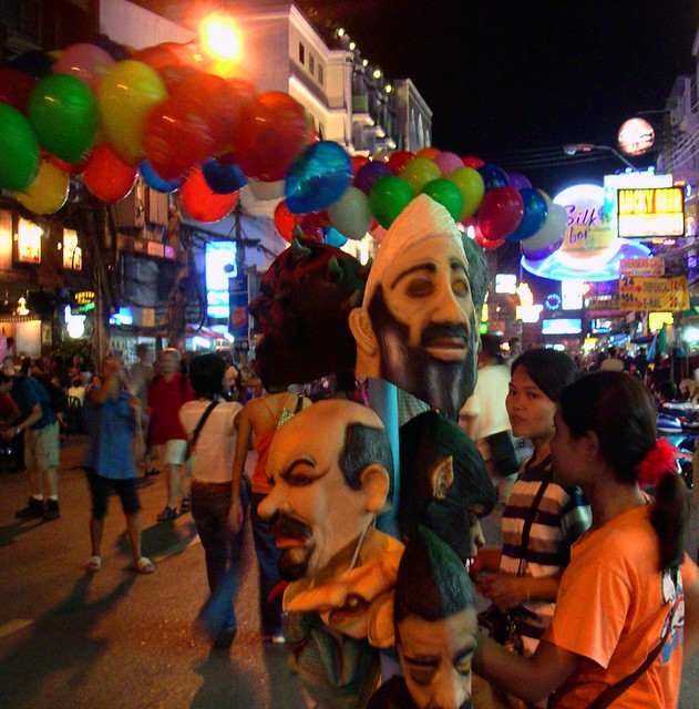 2348875355 c05fd1f0b5 z My love/hate relationship with Khao San Road