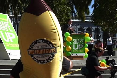 Mayor Gavin Newsom and FruitGuys Banana