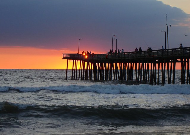 Virginia beach fishing pier 10 1 05 flickr photo sharing for Fishing piers in va