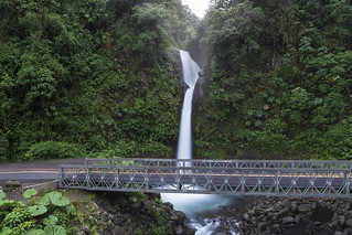 LaPaz Waterfall [CR]