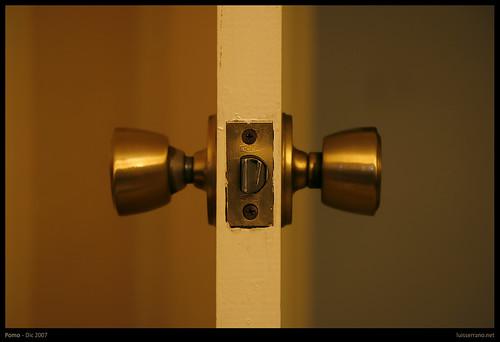 Ayuda porfavor yahoo respuestas for Como cambiar las puertas de casa