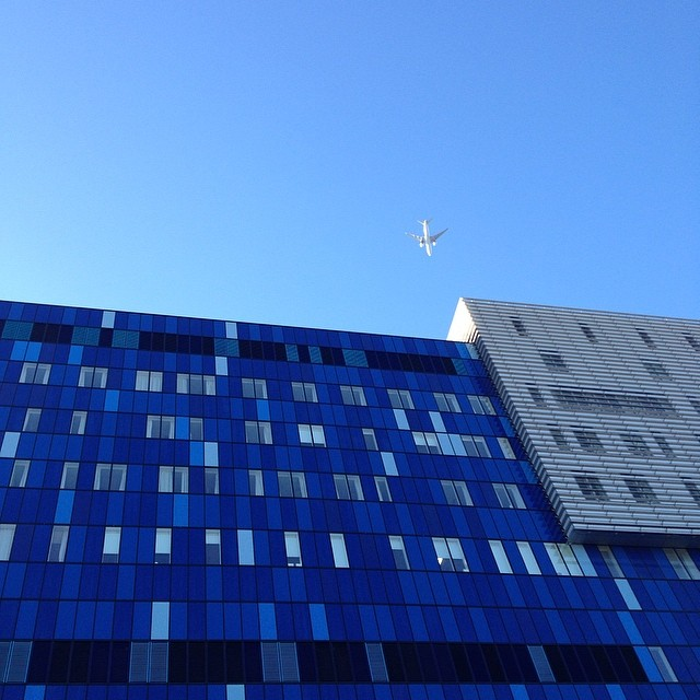 Beautiful blues as I leave work this morning #London #goodmorning #sunshine #blue #nofilter