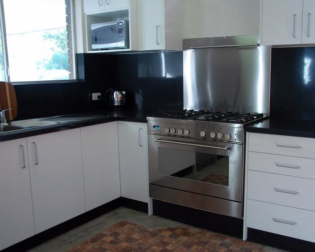 Kitchen Backsplash Black And White Photo