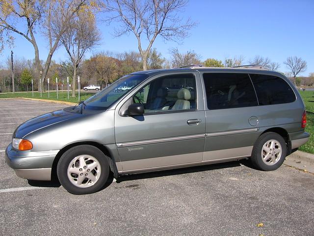 1998 Ford Windstar Northwoods Minivan  2995 00