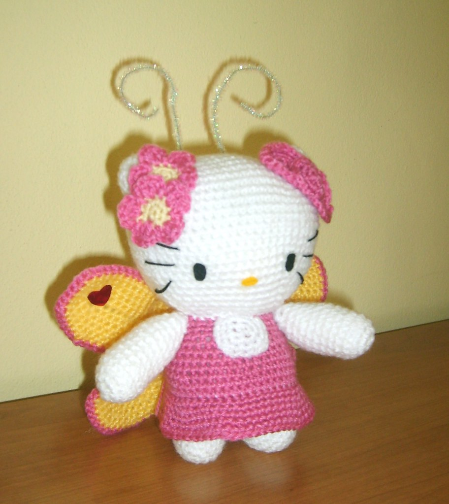 Sanrio Amigurumi Crochet Pattern Collection Hello Kitty Animal Doll : Amigurumi Crochet Hello Kitty Butterfly Flickr - Photo ...