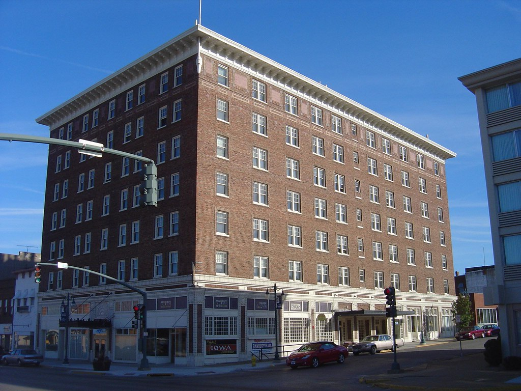 Hotels Near Keokuk Iowa