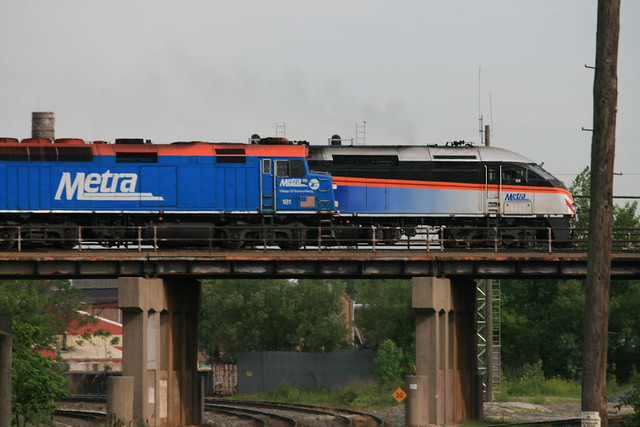 Old and New Metra at Blue Island