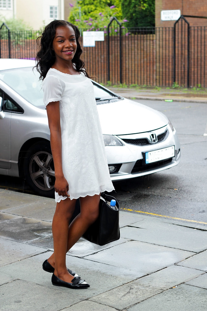 white chiffon dress, mini dress, white mini dress, white dress, tote bag, Zara shoes, black tote bag