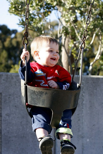 smiling in the baby swing    MG 7403