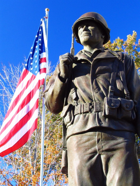 Shelbyville's Veterans Mem. statue version #4