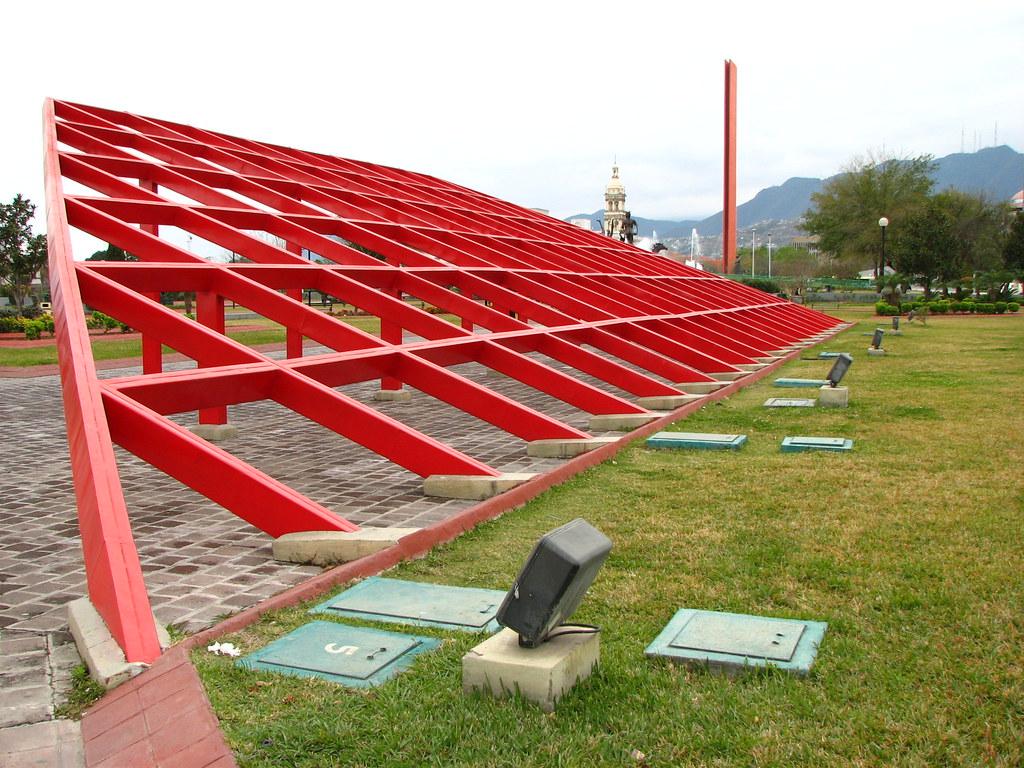 Estructura Metálica Roja Aldo Ramirez Flickr