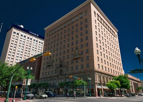 Hotel Cortez 1926 View01 300 N Mesa St El