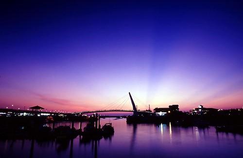 blue sunset taiwan taipei 台灣 日落 淡水 漁人碼頭 情人橋 flickrsbest 色溫 aplusphoto