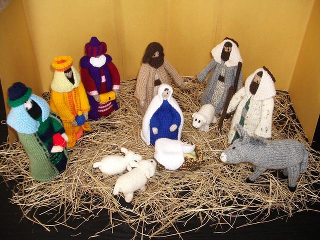 Knitted Nativity Scene Free Pattern : Free Nativity Scene Patterns   Design Patterns