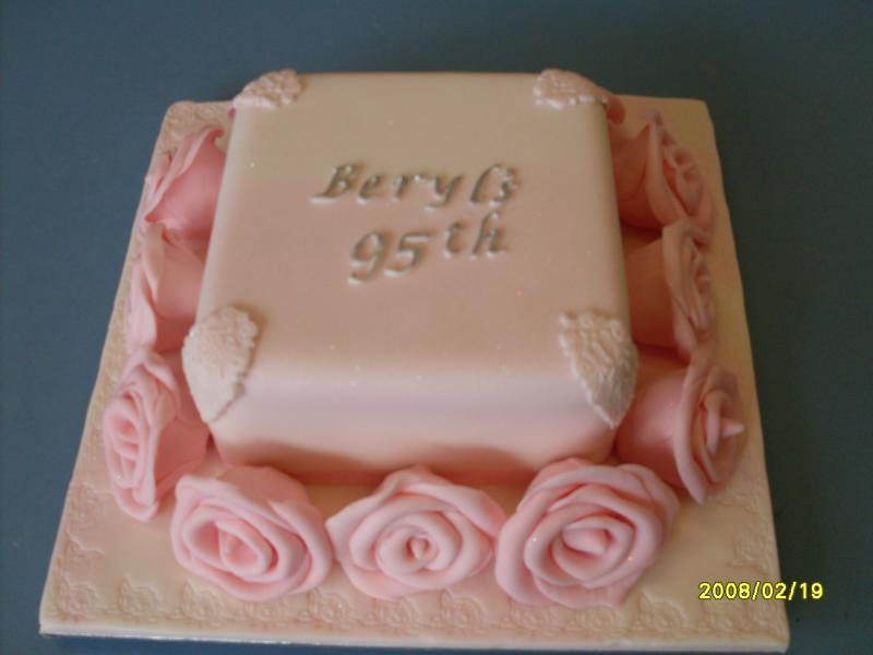 Birthday Cakes | Celebration Cakes Toowoomba | Wedding Cakes Toowoomba