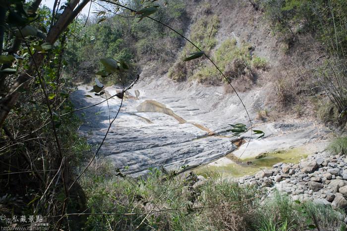 台南私藏景點--關山千層岩瀑布、幽情瀑布 (2)