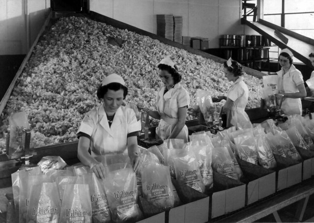 Women working at the Williams Potato Chip Company