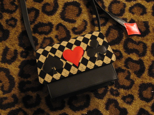 Heart E card suit purse