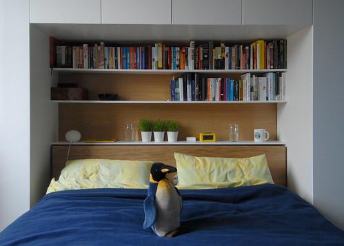 bedroom wardrobe-shelves