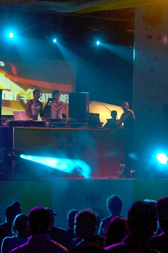 Sunburn Festival, Goa 2007 - DJ Pearl and Nikhil Chinappa