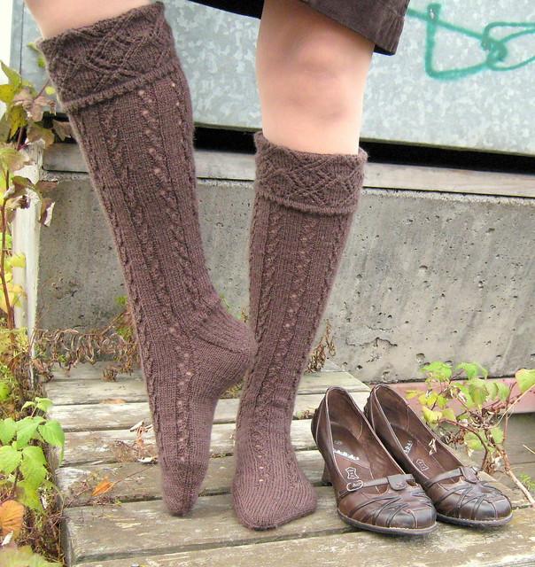 Scottish Highland Kilt Hose pattern: Nancy Bush, Folk ...