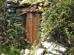 L'abri de Barba Porca : déjà dégradé en mai 2008