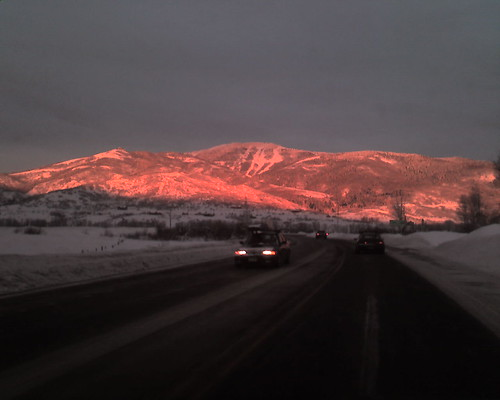 cameraphone sunset snow mountains phonecam snowboarding colorado treo backcountry alpenglow steamboatsprings lores gregyounger