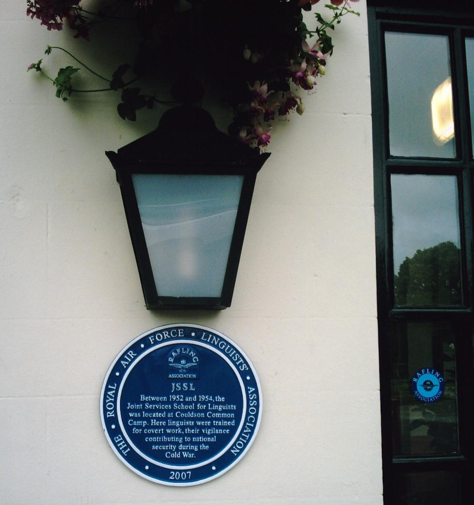 JSSL Blue plaque Exterior of The Fox Public House, Coulsdon Common. D.Allen. Camera: Vivitar 5199 mp