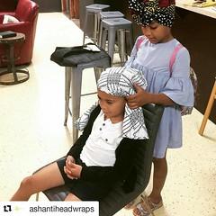 Good morning #Repost @ashantiheadwraps with @repostapp ・・・ Peque-turbanteo. :sparkles: Nos encanta cuando lxs niñxs participan de nuestros talleres. No subestimemos a nuestrxs niñxs, lo que pueden aprender, entender o explorar. ¡Que vivan lxs niñxs! Feliz