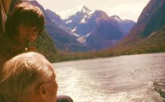 NEW ZEALAND HOIDAY JAN-MMAR 1977  432